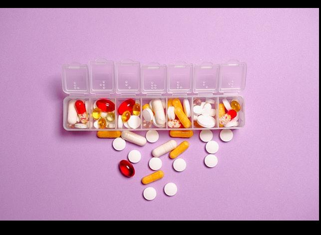 Quali sono i pericoli della vendita libera di certi farmaci?